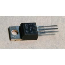 IC - L7812CV - ST MICROELECTRONICS +12V REGULATOR.